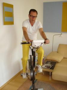 Anton Rief auf seinem Stil-Fit-Ergometer