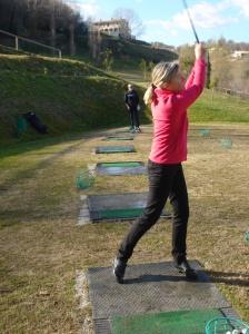 Driving Range und dann 9 Löcher - nach 12,5 Wochen endlich wieder Golf!