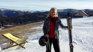 Vor Weihnachten war ich am Katschberg zwei Tage zum Skifahren: auf Kunstschnee und absolut leeren, bestens präparierten Pisten - mit viel Grün rundherum!