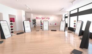 Personal Trainer sind bei Mrs. Sporty auf dem Bildschirm und live dabei.