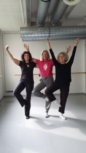 Ingrid, Autorin Heidi Rauch und Birgitta - Tanzen geht auch mit künstlichen Hüften prächtig!