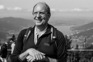 Peter Herrchen, sportlich aktiv mit zwei künstlichen Hüften, die er seit 1997 bzw. 2008 hat.